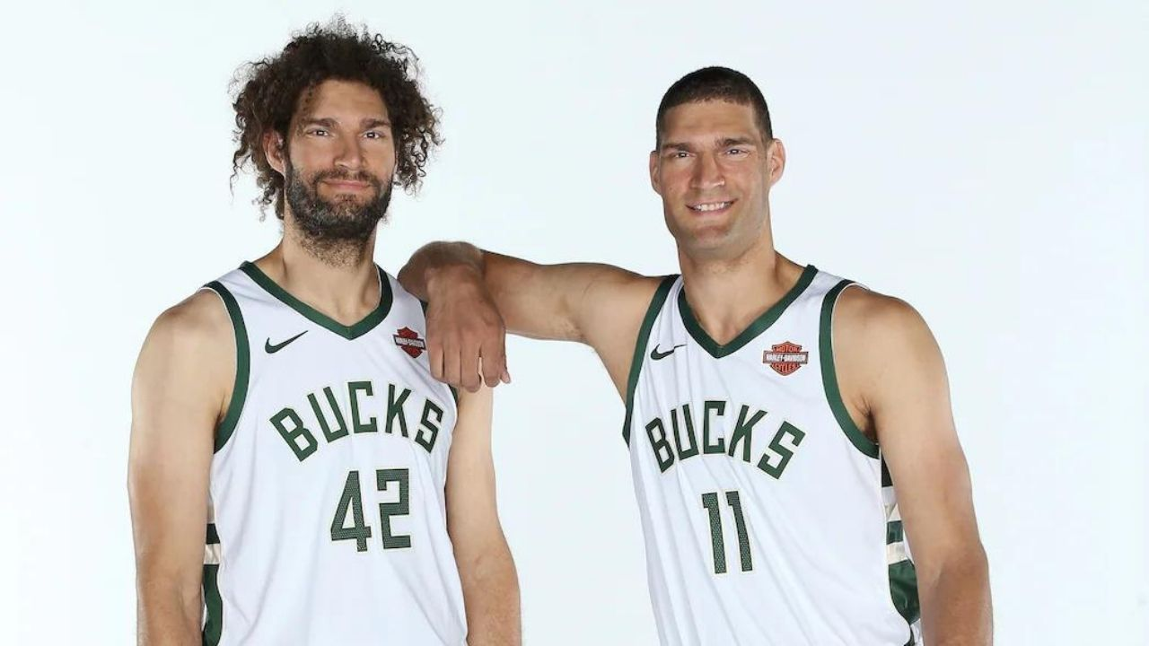 """""""Been congratulated way too many times on winning a championship"""": Robin Lopez hilariously talks about how Bucks fans confuse him with his identical brother, Brook Lopez"""