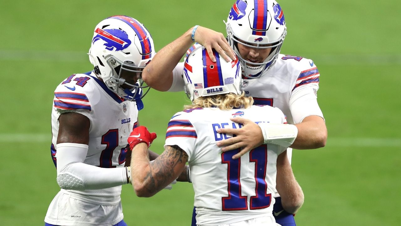 """""""We Don't Take That Sh*t Lightly in Texas"""": Buffalo Bills Teammates Cole Beasley and Stefon Diggs Publicly Ridicule the NFL's $15K Fine For Unvaccinated Players Breaching Covid Protocols"""
