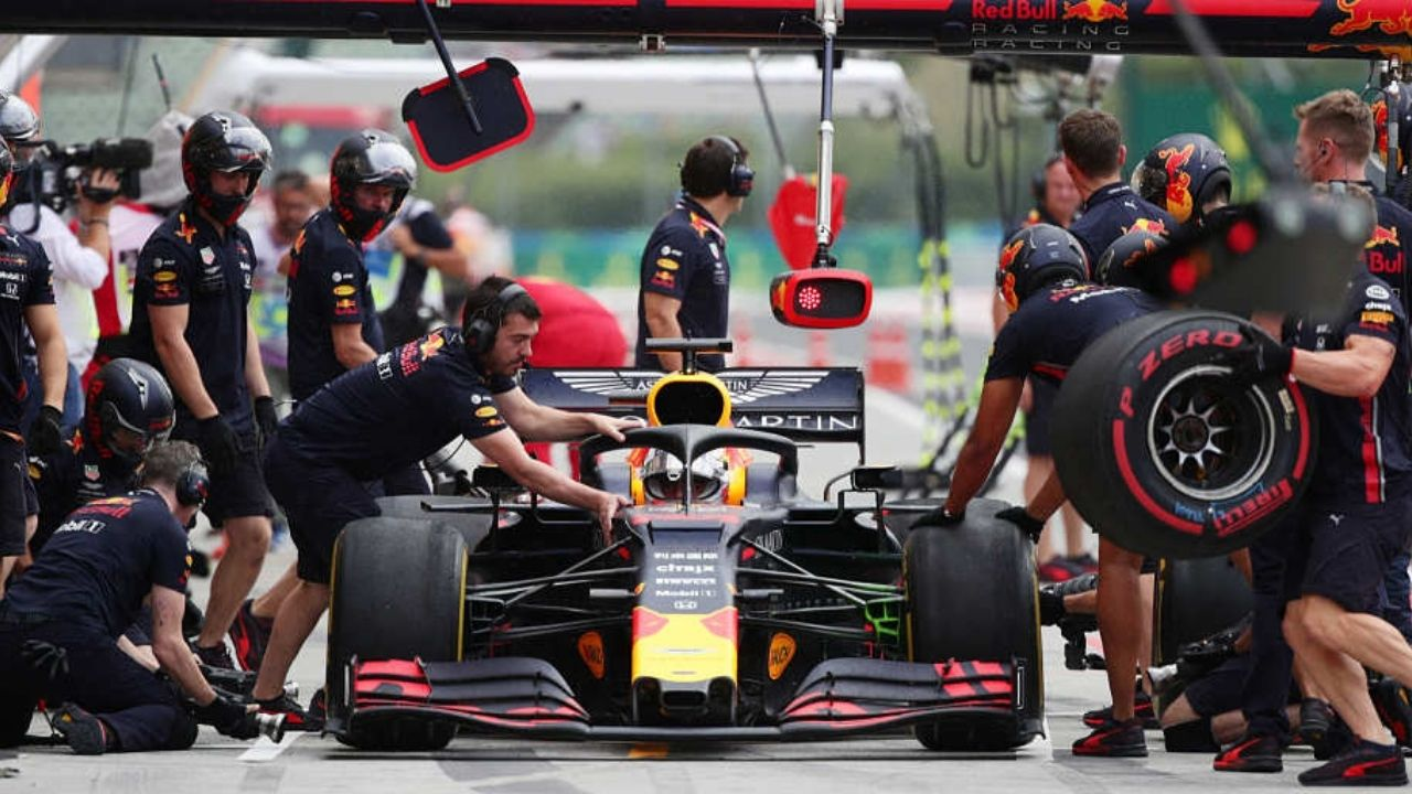 """""""Both sides of the garage working together to get it fixed"""" - Sergio Perez thanks Red Bull crew for fixing his car after he crashed it en route the Spa grid"""