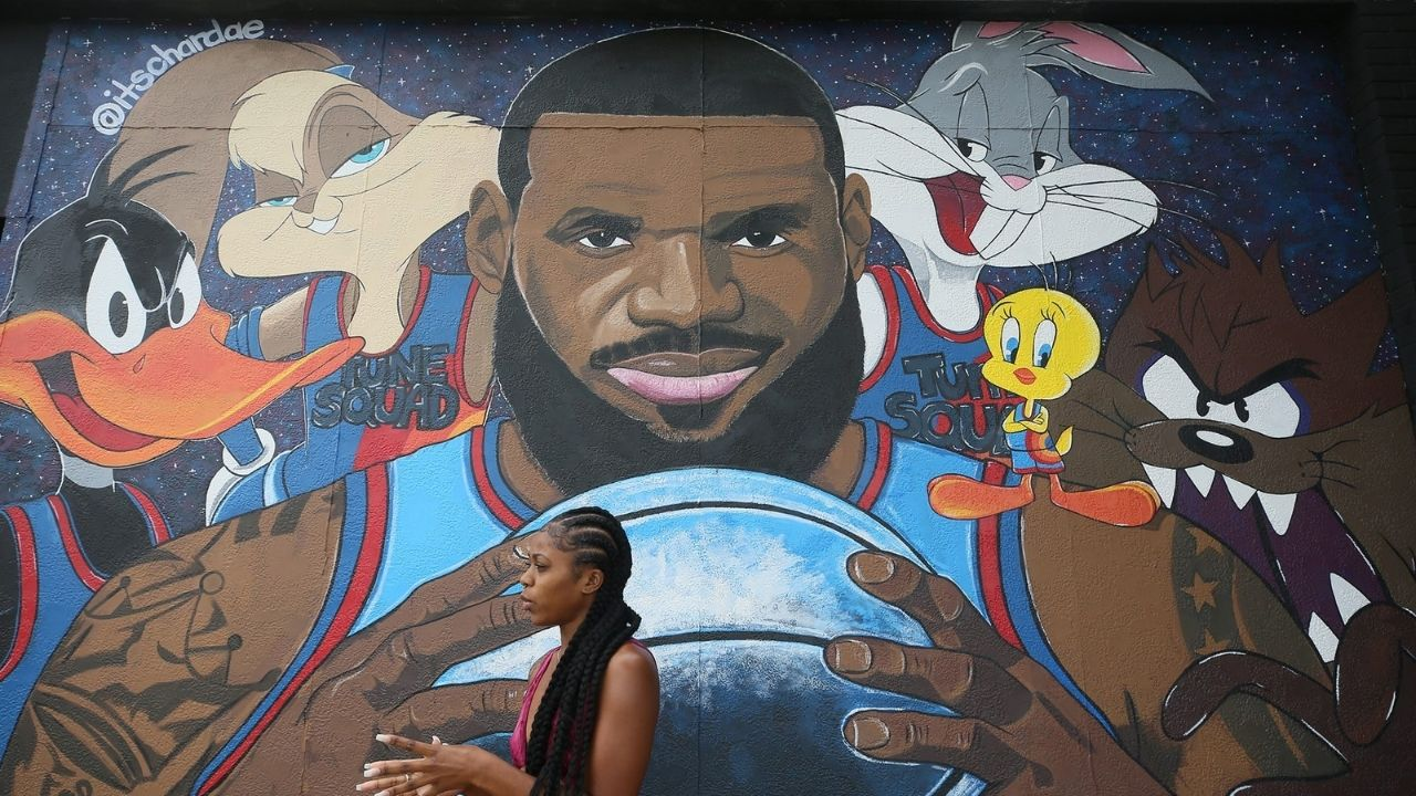 """""""LeBron James could already be making Space Jam 3"""" : NBA Twitter can't believe it as reports reveal the Lakers superstar is working on another basketball movie"""