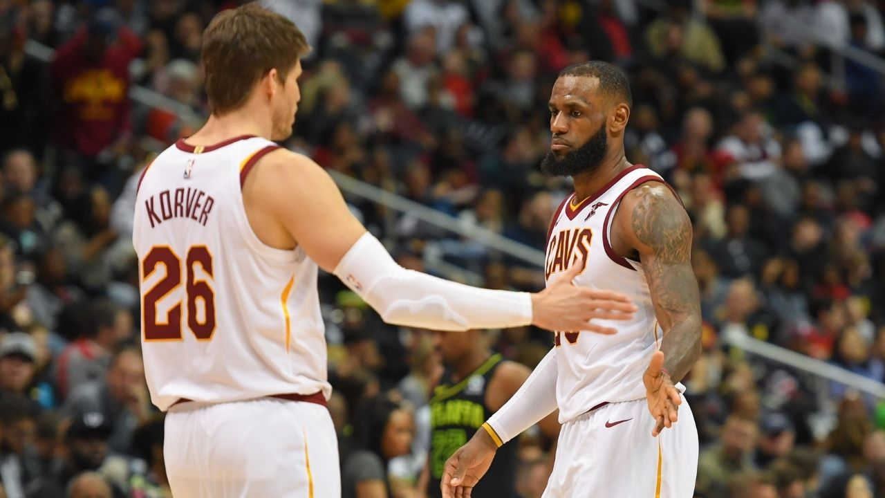 """""""LeBron James was running full sprints after the 'Versaclimber' while I felt like throwing up"""": When Kyle Korver could not keep up with the Lakers MVP during a grueling workout session"""