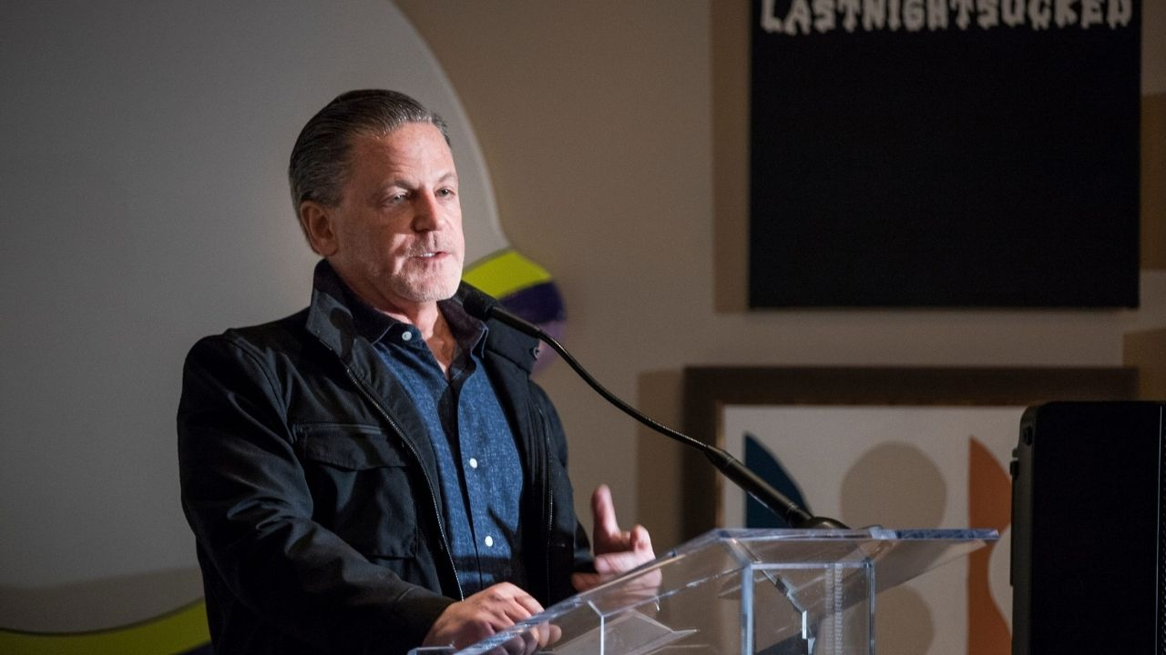 """""""Dan Gilbert almost 10x'd his net worth this year to over $50 billion!"""": Despite LeBron James signing with Lakers, Cleveland Cavaliers owner is NBA's second-richest owner after Steve Ballmer"""