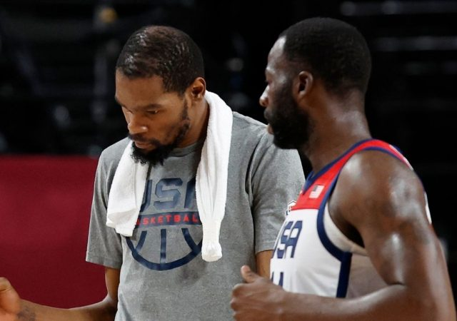 """""""Draymond Green, Kevin Durant, hold yourself accountable god damn it!"""": Kendrick Perkins slams the former Warriors teammates after they accuse front office for the Slim Reaper leaving"""