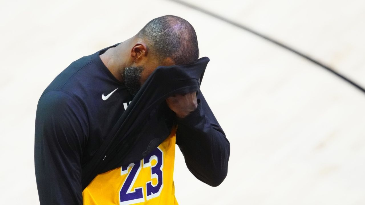"""""""This 'Unforgivable' meme literally had me crying, man!"""": LeBron James instantly recognizes the origins of a hilarious meme about NFL stars Lamar Jackson and Latavius Murray"""