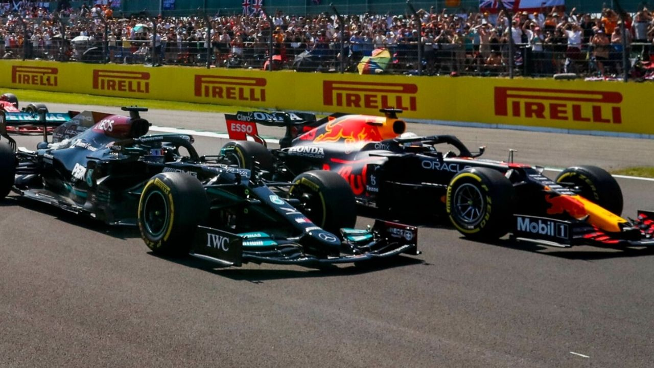 """""""That's the easiest way""""– Christian Horner gives solutions on how to avoid collisions between Lewis Hamilton and Max Verstappen"""
