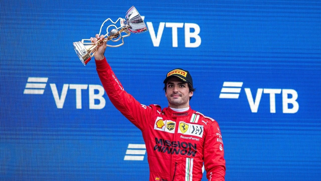 """""""It came as a bit of a surprise""""– Carlos Sainz was surprised to know he was originally not in contention for podium in Sochi"""