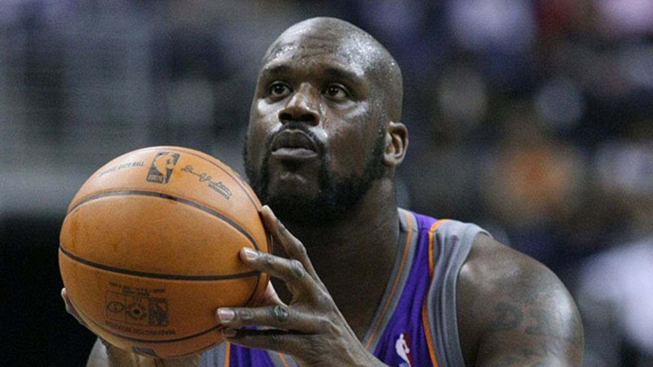 """""""Shaquille O'Neal did not want to 'look like a sissy'!"""": Hall-of-Famer Rick Barry's son Jon Barry recalls the time when he gave the Lakers' superstar advice to boost his efficiency from the charity stripe"""