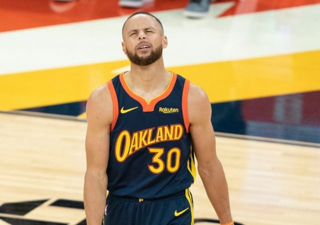 """""""Stephen Curry will never be enough for her!"""": NBA Twitter references Sonya Curry as Ayesha and the Warriors star share an adorable moment together at the Met Gala"""