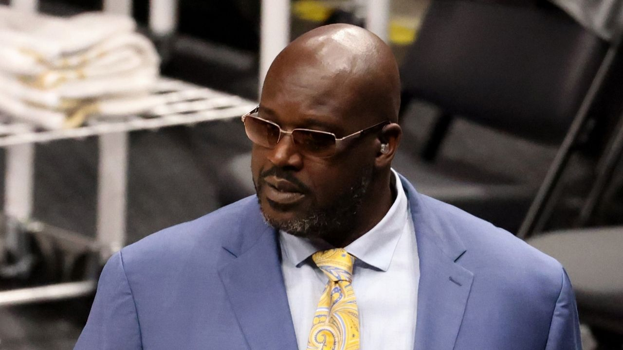 """""""I'm done being a celebrity, don't want to be one anymore"""": Lakers' legend Shaquille O'Neal denounces himself as a celebrity, wants to be a philanthropist instead"""