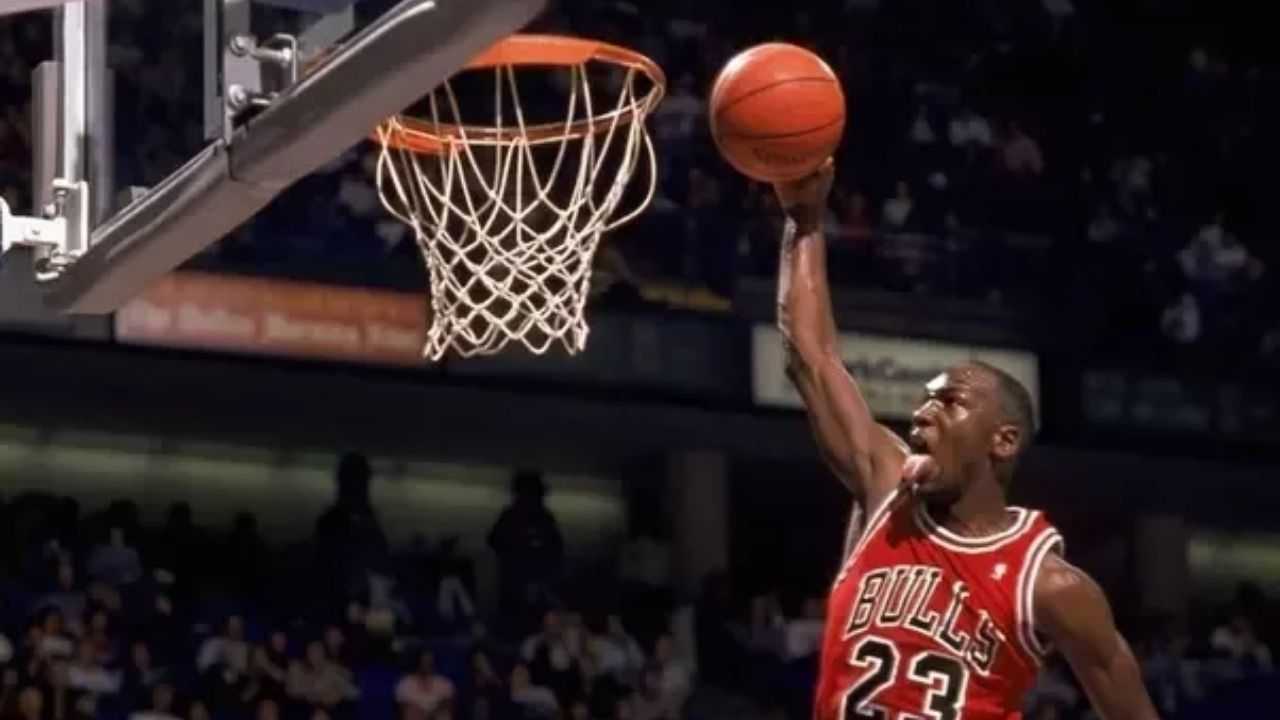 """""""Don't let Trae Young or James Harden see this!"""": NBA fans react to insane Michael Jordan reverse layup during his Bulls heyday with a twist"""