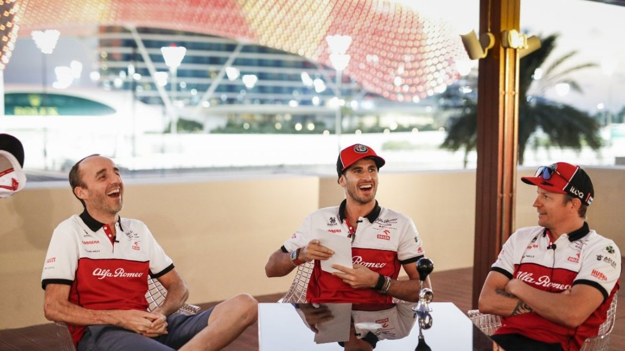 """""""I don't know, you have to ask Fred"""" - Robert Kubica coy on his future with Alfa Romeo beyond this season"""