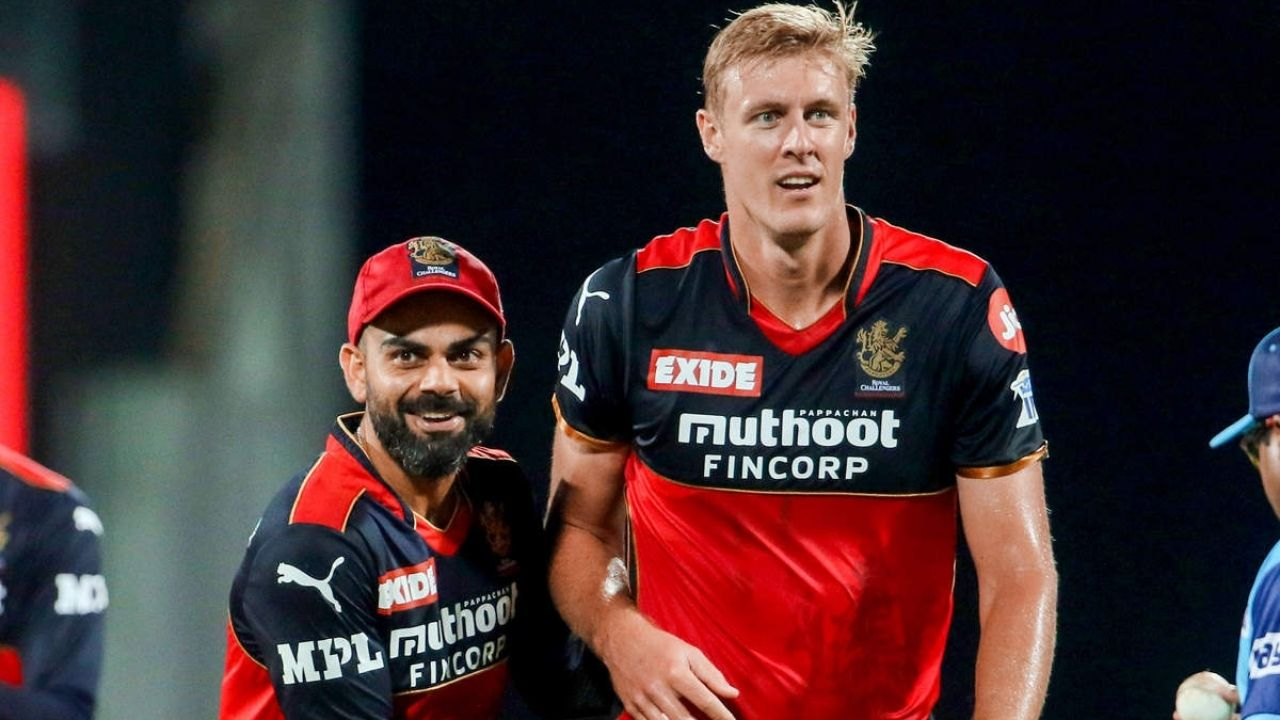 Why is Kyle Jamieson not playing today's IPL 2021 match vs CSK?