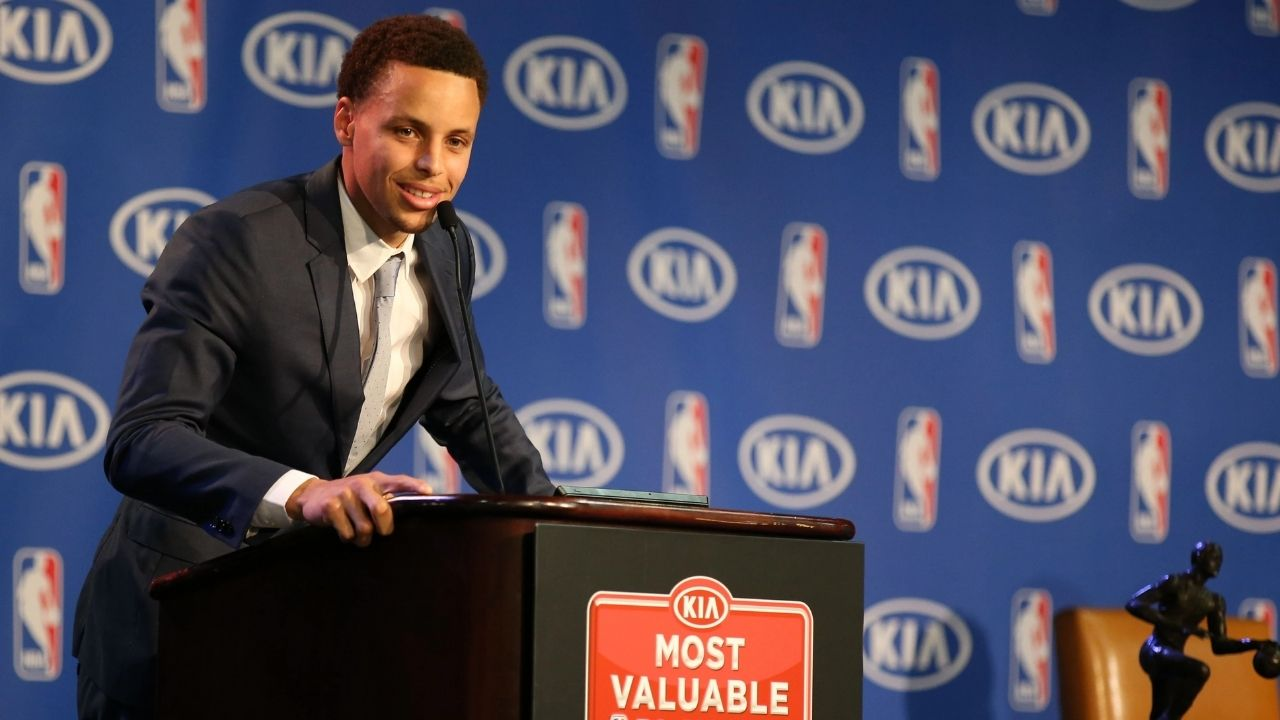 """""""I don't know what kind of watches Kobe Bryant gave, but I'll beat that gift"""": When Stephen Curry promised Draymond Green and the Warriors gifts upon winning his first MVP trophy"""