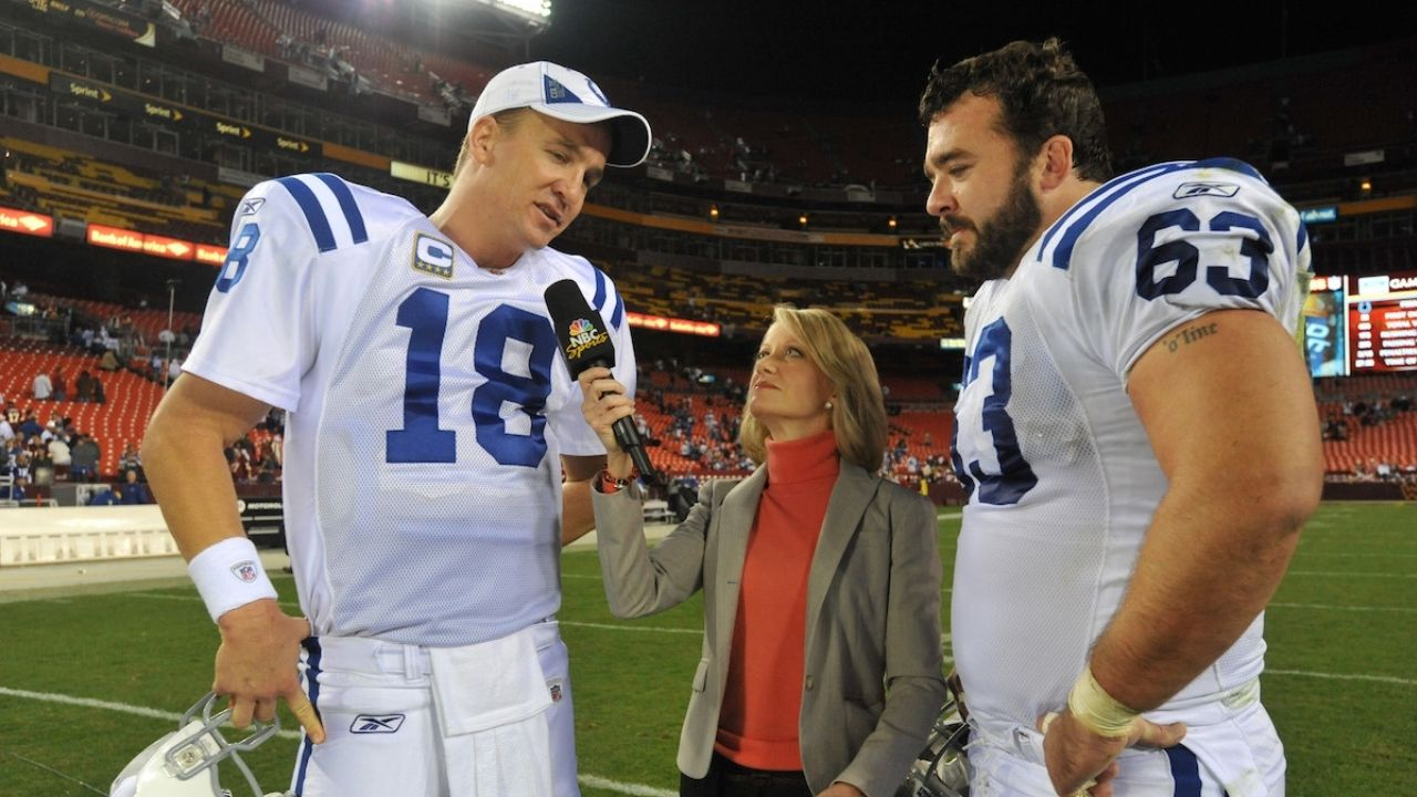 """""""If Peyton Manning Knew You Were BSing, He'd Undress You Then and There"""": Jeff Saturday Recounts How The Sheriff Would Hold His Teammates And Coaches To Crazy Standards"""