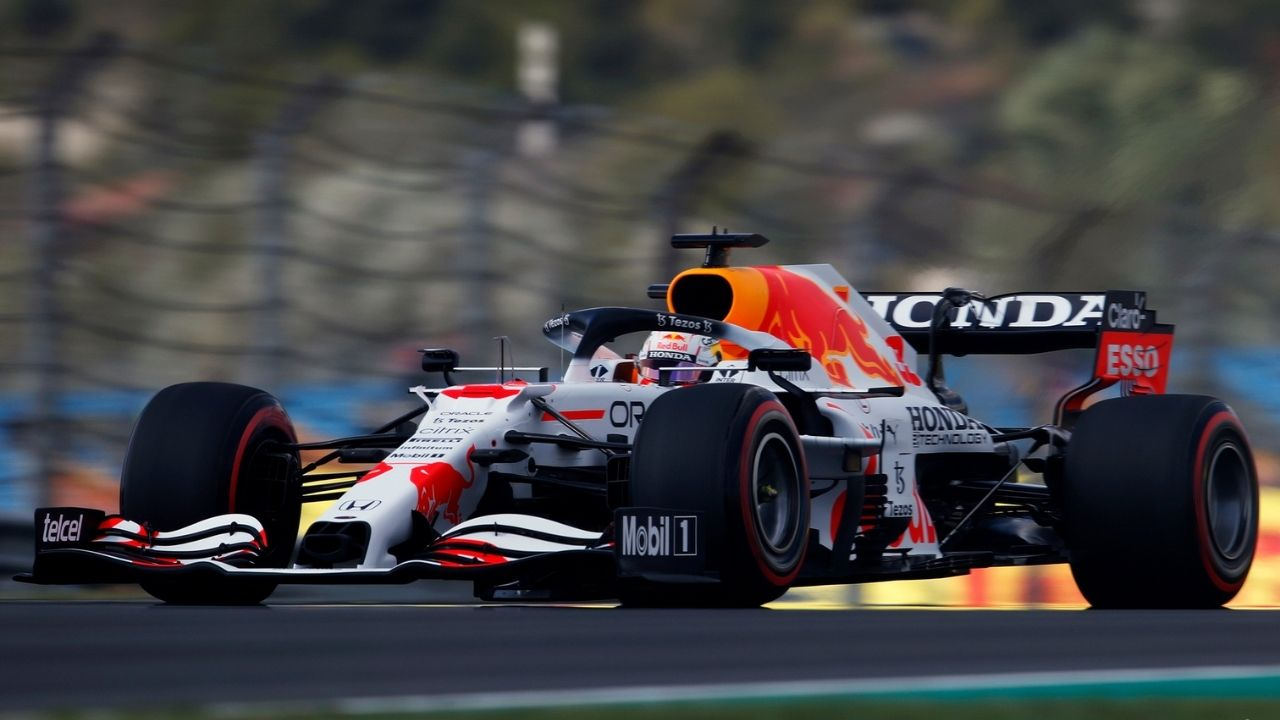 """""""In two to three corners we lose out to Mercedes""""– Helmut Marko gives worried feedback about Red Bull's Free Practices experience in Turkey"""