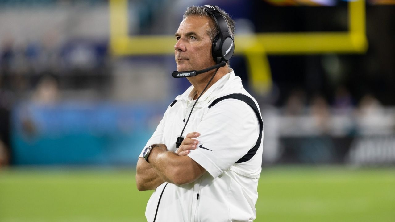 """""""We Looked At Urban Meyer Like, WTF?"""": Jacksonville Jaguars Players Are Ready To Overthrow Their Coach and Were """"Dying Laughing"""" After Scandalous Video Surfaced On Social Media"""