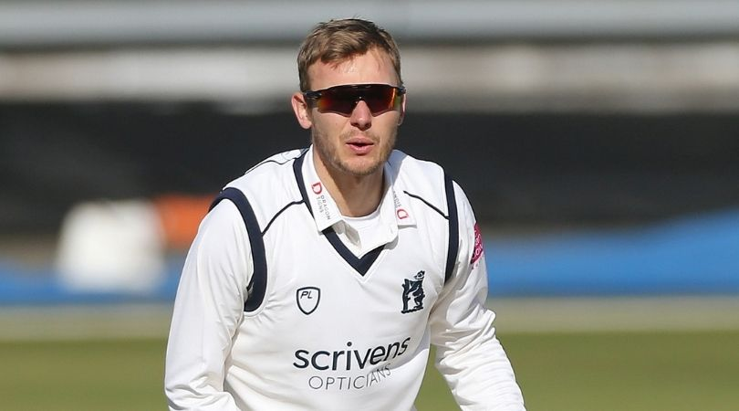 Danny Briggs (30) has signed a contract extension with the County Champions Warwickshire till the end of the 2024 County season.