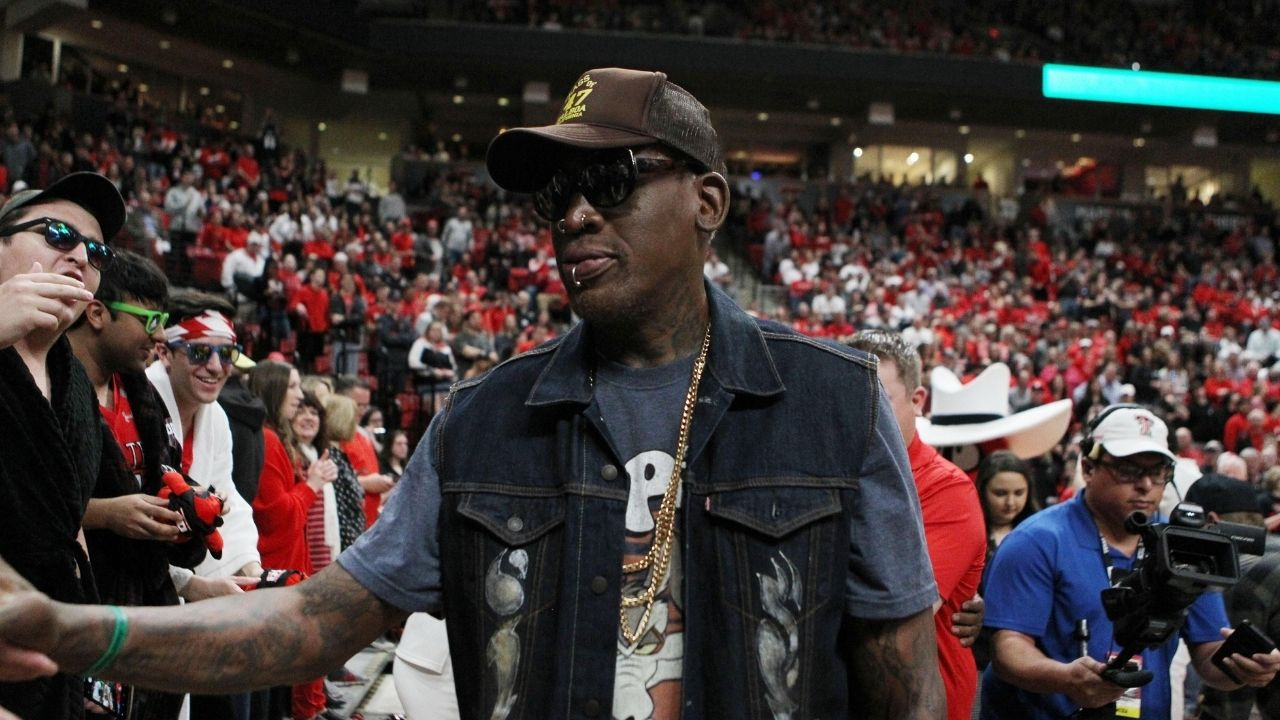"""""""Guys want to play with their friends, like the banana boat and stuff"""": Dennis Rodman takes a shot at the modern mentality of the NBA"""