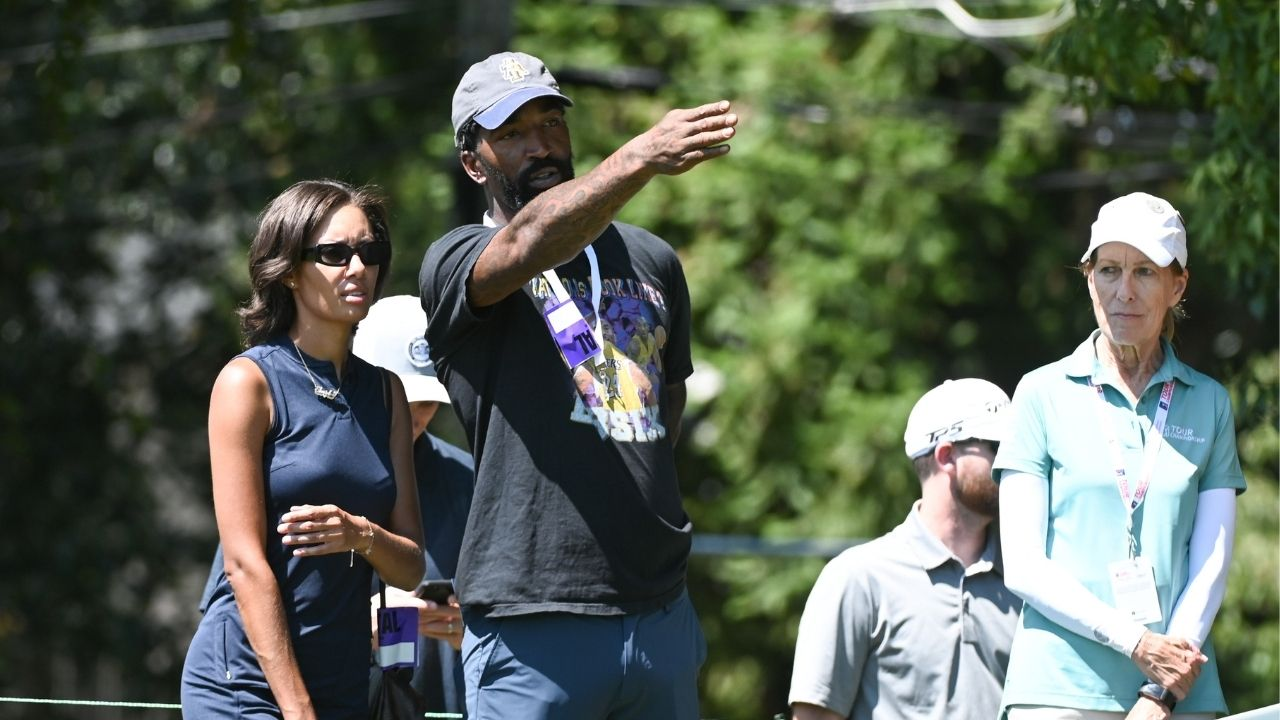"""""""J.R. Smith gets attacked by a swarm of bees in his debut college golf tournament"""": The former LeBron James teammate never fails to amuse with his slip-ups"""