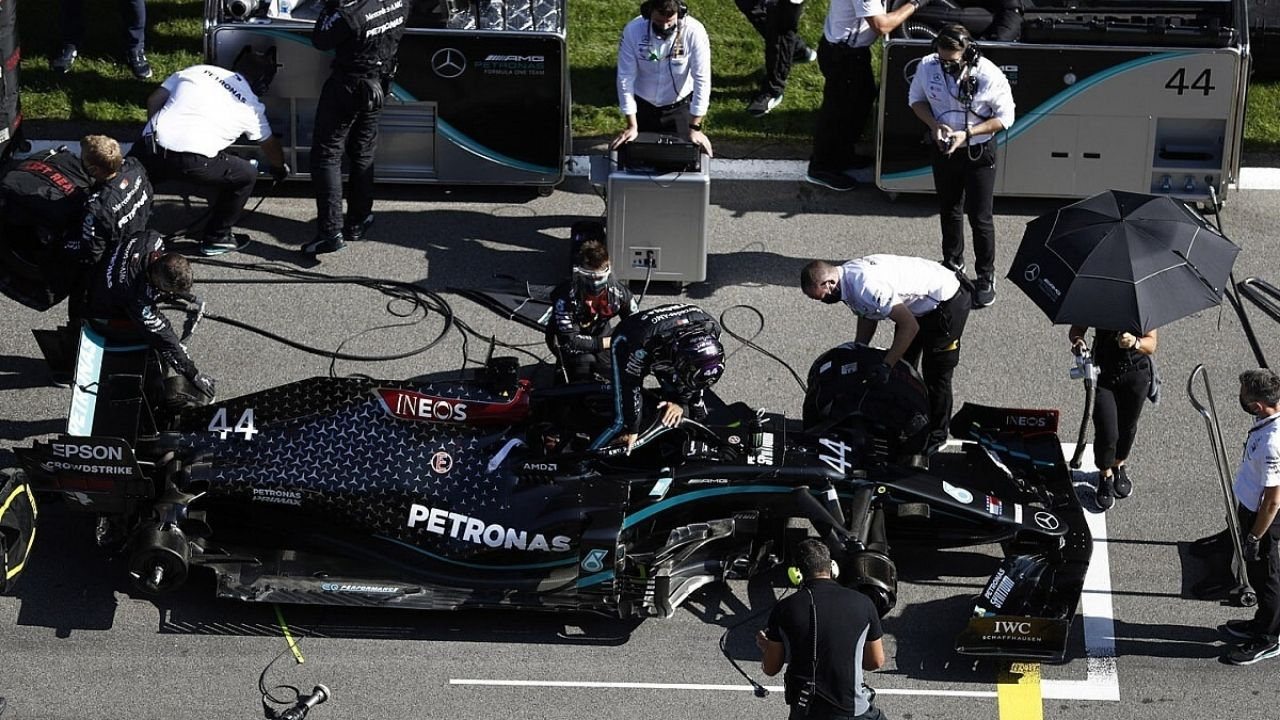 """""""I don't really give any energy to it""""– Lewis Hamilton says it's not his job to worry about Mercedes engines amidst unreliability concerns suspected by Silver Arrows"""