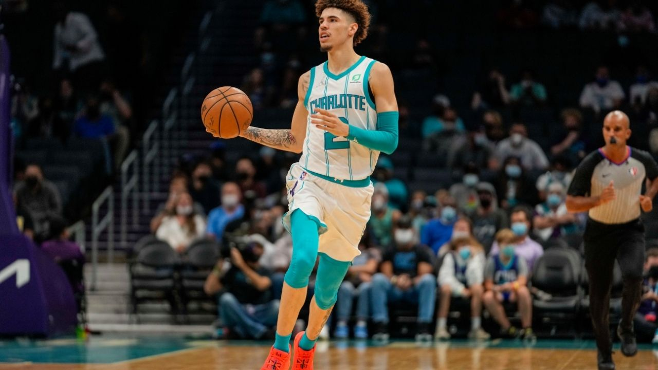 """""""LaMelo Ball takes a leaf out of Allen Iverson's book"""": Twitter reacts to the 20-year old's recent crossover on Marcus Smart, stating LaVar Ball was right"""