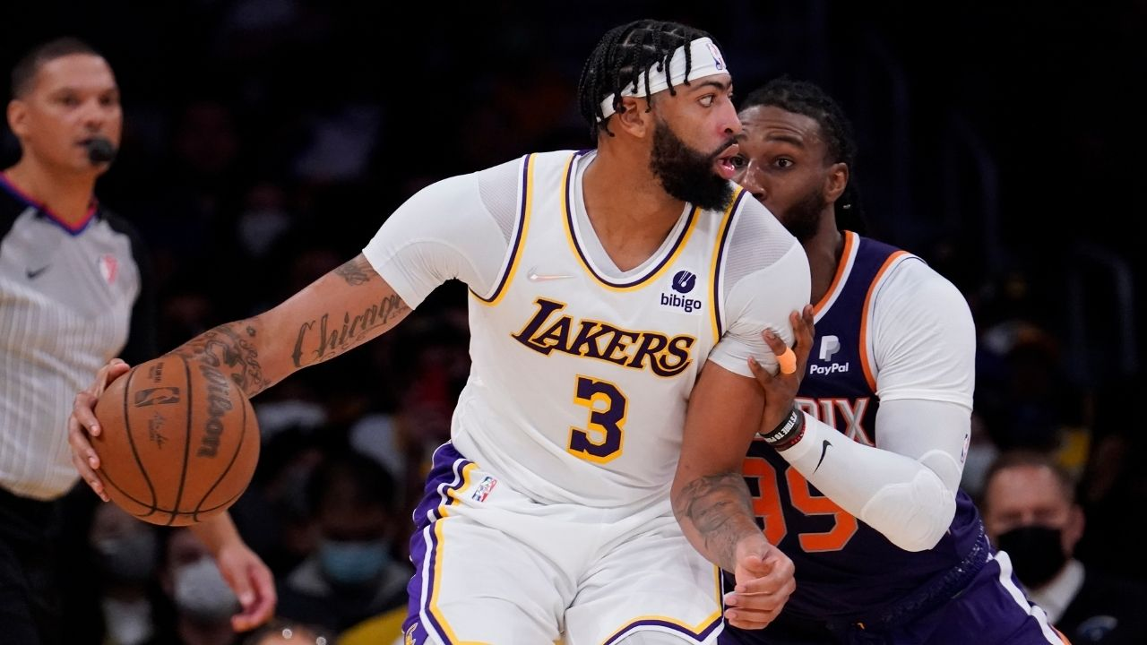 """""""I'm going to need LeBron James and Russell Westbrook with me to beat Stephen Curry!"""": Anthony Davis delivers a major update on the Lakers' big three ahead of their game against the Warriors"""