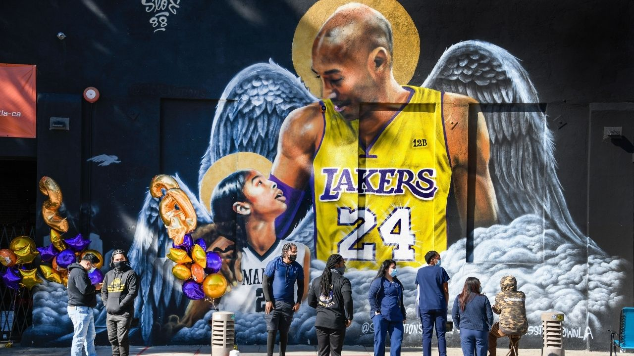 """""""Devin Booker didn't feel comfortable until he spoke to Kobe Bryant's wife"""": NBA Insider reveals the Suns star's heartwarming actions prior to his role in NBA's promo video"""