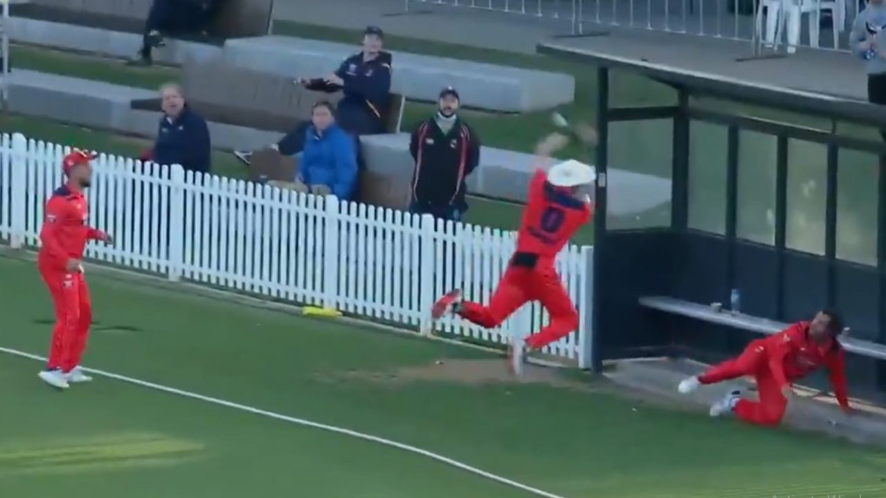 Marsh One Day Cup: 3 South Australia fielders attempt to grab bizarre catch vs Queensland in Australia One Day Cup