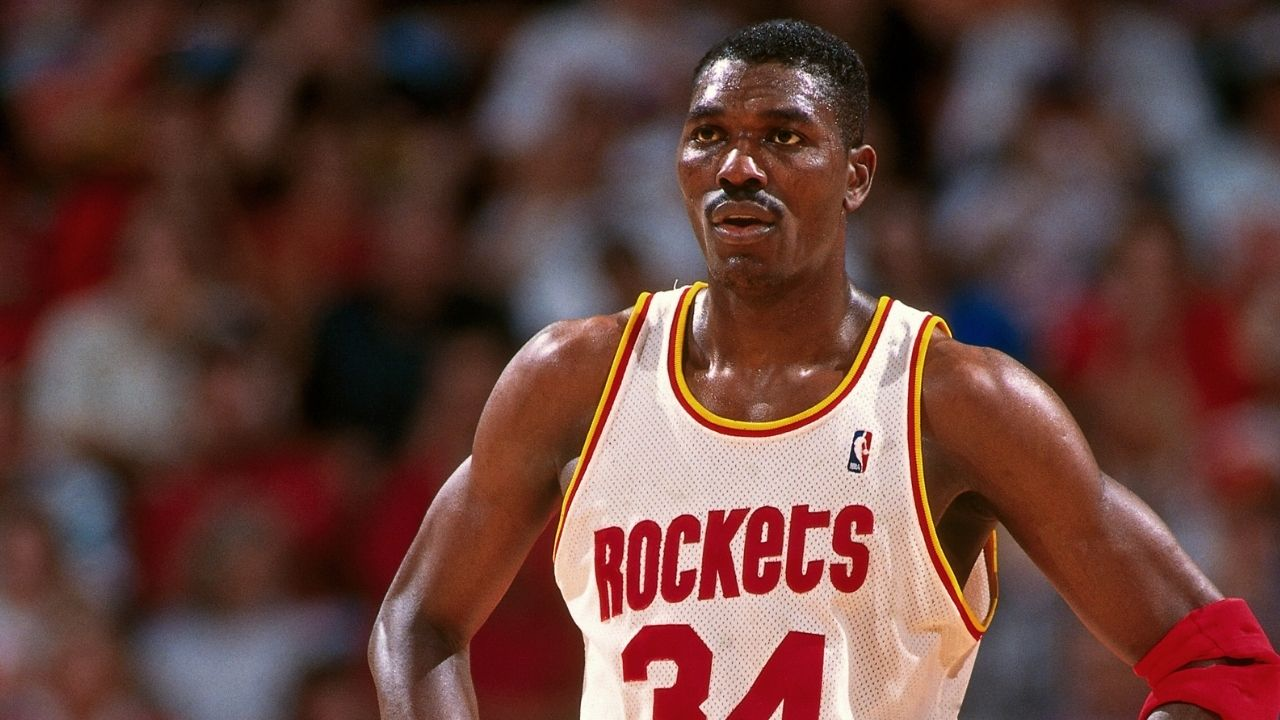 """""""Hakeem Olajuwon dominated the real estate market after retiring"""": How the Rockets legend accumulated a grand net worth of $300 million through real estate"""